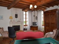 French property for sale in Saint Dizant Du Gua, Charente-Maritime - €422,500 - photo 6