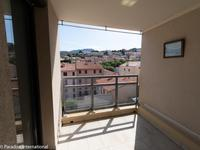 French property for sale in Port Vendres, Pyrénées-Orientales - €160,000 - photo 2