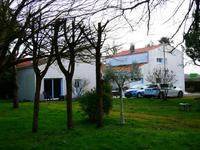 French property, houses and homes for sale inMeschers Sur GirondeCharente-Maritime Poitou-Charentes