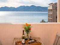 French property for sale in Cannes La Bocca, Alpes-Maritimes - €195,000 - photo 6