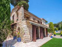 French property for sale in Antibes, Alpes-Maritimes - €2,500,000 - photo 2