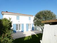 houses and homes for sale inMortagne Sur GirondeCharente-Maritime Poitou-Charentes