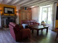 French property for sale in Theneuille, Allier - €139,500 - photo 4