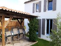 French property for sale in Arces, Charente-Maritime - €253,000 - photo 9