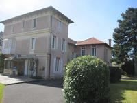 French property, houses and homes for sale inAmbertPuy-de-Dôme Auvergne
