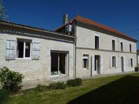 houses and homes for sale inMortagne Sur GirondeCharente-Maritime Poitou-Charentes