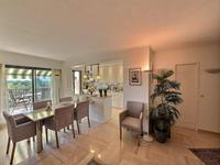 French property for sale in Mandelieu La Napoule, Alpes-Maritimes - €896,000 - photo 2