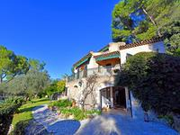 French property, houses and homes for sale inMouginsAlpes-Maritimes Provence-Alpes-Côte d'Azur