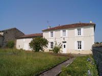 maison à vendre à Jonzac, Charente-Maritime, Poitou-Charentes, avec Leggett Immobilier