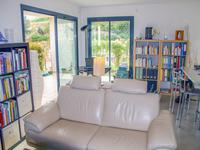 French property for sale in Saint Laurent Du Var, Alpes-Maritimes - €599,000 - photo 4