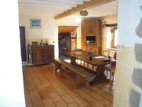 French property for sale in Ceilloux, Puy-de-Dôme - €230,000 - photo 2