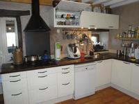 French property for sale in Ceilloux, Puy-de-Dôme - €230,000 - photo 4