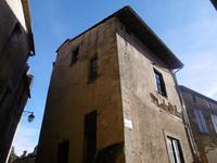 Périgord noir - Jolie maison de village sur deux niveaux pleine de charme.