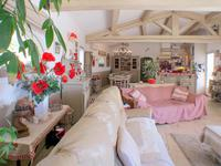 French property for sale in Flayosc, Var - €827,000 - photo 9
