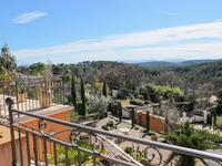 French property for sale in Flayosc, Var - €827,000 - photo 4