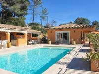French property for sale in Flayosc, Var - €827,000 - photo 2