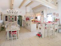 French property for sale in Flayosc, Var - €827,000 - photo 10