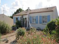 maison à vendre à Port Des Barques, Charente-Maritime, Poitou-Charentes, avec Leggett Immobilier