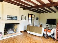 French property for sale in Cozes, Charente-Maritime - €189,750 - photo 2