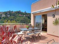 French property for sale in Mandelieu La Napoule, Alpes-Maritimes - €485,000 - photo 2