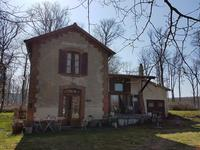French property, houses and homes for sale inVieureAllier Auvergne