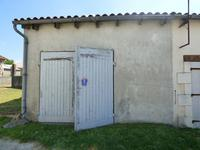 French property for sale in Saint Ciers Du Taillon, Charente-Maritime - €9,500 - photo 2