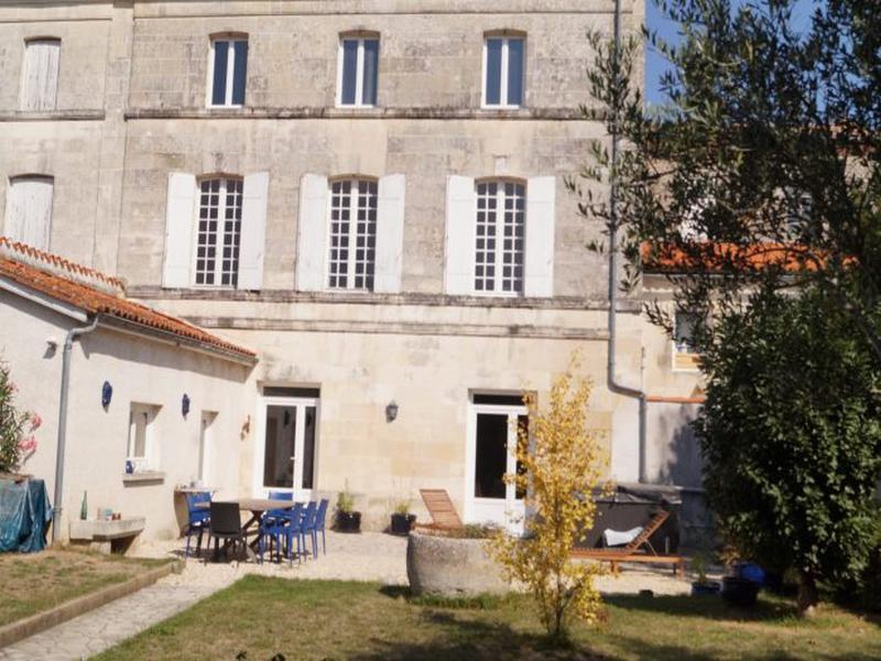 Maison à vendre à Pons(17800) - Charente-Maritime
