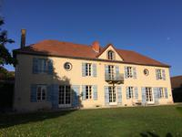 French property for sale in Vichy, Allier - €725,000 - photo 8