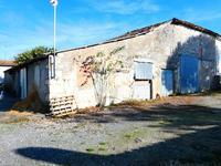 maison à vendre à Saint Dizant Du Gua, Charente-Maritime, Poitou-Charentes, avec Leggett Immobilier
