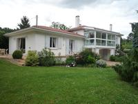 French property, houses and homes for sale inPujolsLot-et-Garonne Aquitaine