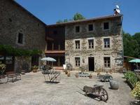 maison à vendre à Saint Bonnet Le Chastel, Puy-de-Dôme, Auvergne, avec Leggett Immobilier
