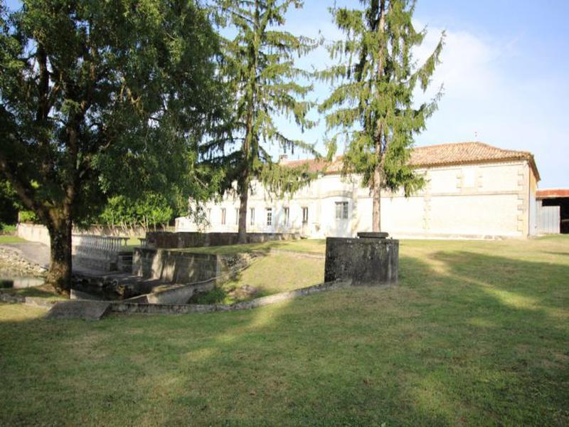 Maison à vendre à Semoussac(17150) - Charente-Maritime
