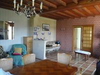 French property for sale in Vertolaye, Puy-de-Dôme - €160,000 - photo 2