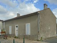 French property, houses and homes for sale inPerignacCharente-Maritime Poitou-Charentes