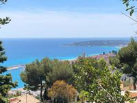 French property for sale in Menton, Alpes-Maritimes - €670,000 - photo 2