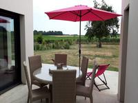 French property for sale in Cozes, Charente-Maritime - €441,000 - photo 2