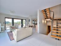 French property for sale in Mougins, Alpes-Maritimes - €2,950,000 - photo 9