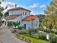 French property for sale in Mougins, Alpes-Maritimes - €2,950,000 - photo 3