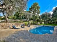 French property for sale in Mougins, Alpes-Maritimes - €2,950,000 - photo 8
