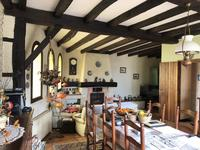 French property for sale in Epargnes, Charente-Maritime - €368,000 - photo 4