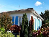French property, houses and homes for sale inCozesCharente-Maritime Poitou-Charentes