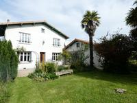 French property, houses and homes for sale inFloiracCharente-Maritime Poitou-Charentes