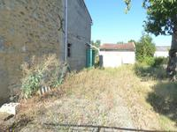 French property for sale in Plassac, Charente-Maritime - €97,000 - photo 2