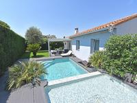 French property for sale in Cannes, Alpes-Maritimes - €1,490,000 - photo 2