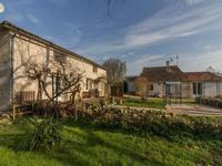 maison à vendre à Montpellier De Medillan, Charente-Maritime, Poitou-Charentes, avec Leggett Immobilier