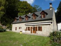 French property for sale in Larodde, Puy-de-Dôme - €325,000 - photo 8
