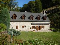 French property, houses and homes for sale inLaroddePuy-de-Dôme Auvergne