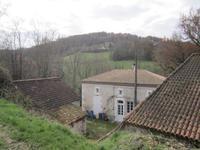 Maison à vendre à Penne D Agenais en Lot-et-Garonne - photo 1