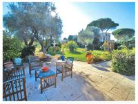 French property for sale in Cap D Antibes, Alpes-Maritimes - €222,600 - photo 2