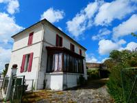 French property, houses and homes for sale inSaint Ciers Du TaillonCharente-Maritime Poitou-Charentes